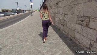 GermanScout – Frida Sante fuer ein bißchen Geld in den suessen Popo geknallt