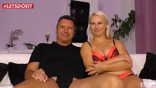 Intense Climax for Kinky German Mom – LETSDOEIT.COM